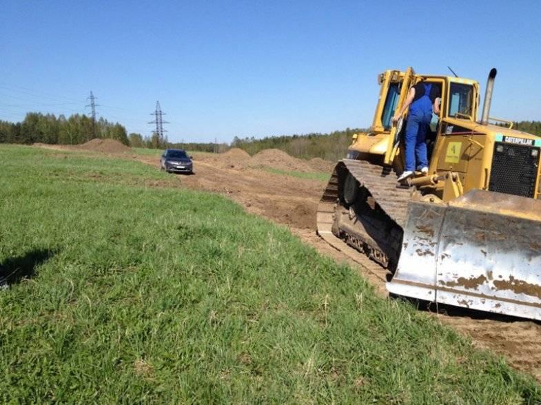 Разработка участка разметка дорог и снятие грунта